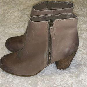BP Nordstrom's ankle genuine distressed boots 7.5
